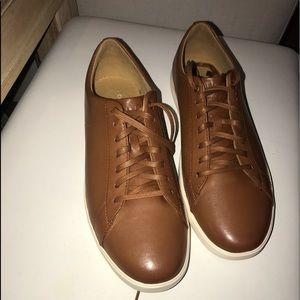 Cole haan grand os casual leather sneakers size 11